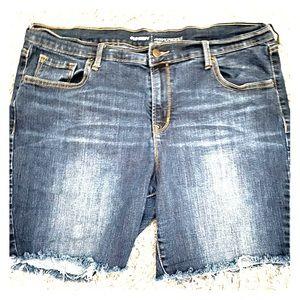 Old Navy Denim Jean Shorts Mid-Rise Plus Size 16